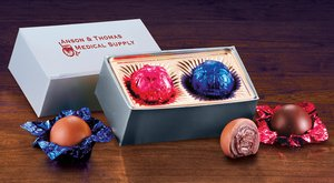 Gold Gift Box with Chocolate Truffles - 2 Pieces