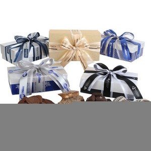 Milk Chocolate Oreo Cookies in Elegant Gift Box 12oz
